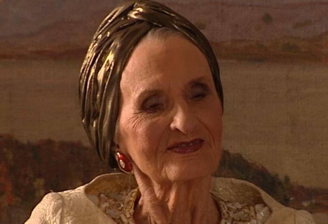 Fil:Astrid100år.png