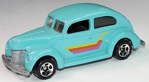 File:'40's Ford 2-Door Turq.JPG