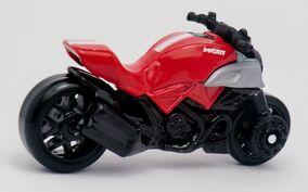 Ducati Diavel-2013