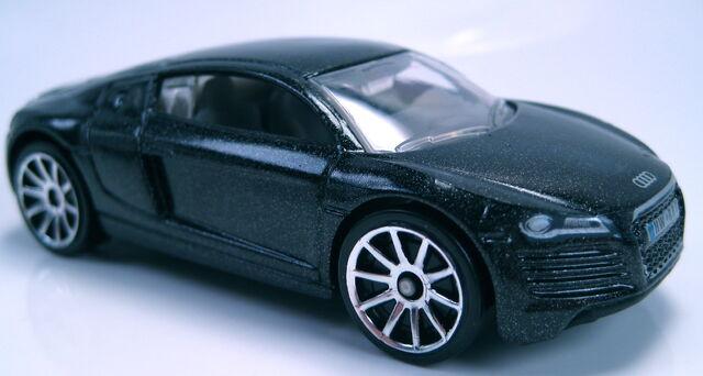 File:07 Audi R8 charcoal grey metallic.JPG