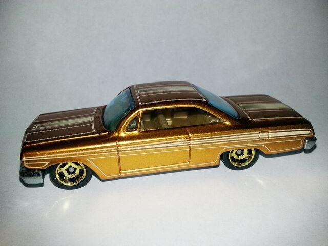 File:HW-Cool Classics--18-'62 Chevy.jpg