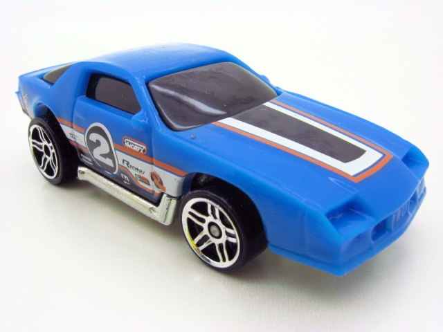 File:MM 83 Camaro Z28.jpg