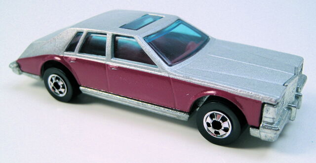File:Cadillac Seville grey with purple sides BW HK base.JPG