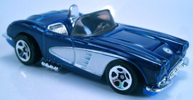 File:'58 corvette coupe 60th series 2013.JPG