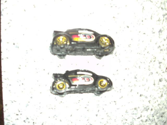 File:VW Beetle Cup Flag Flyers 5-Pack (2003).JPG