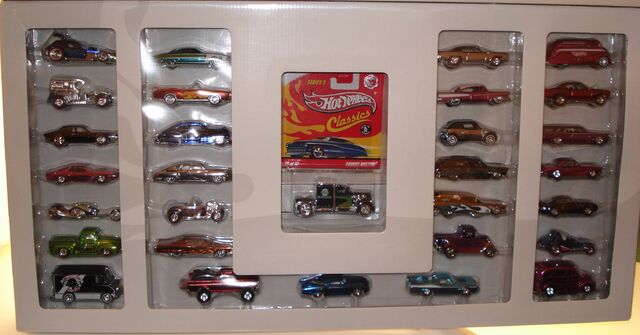 File:2009 classicset cars.JPG