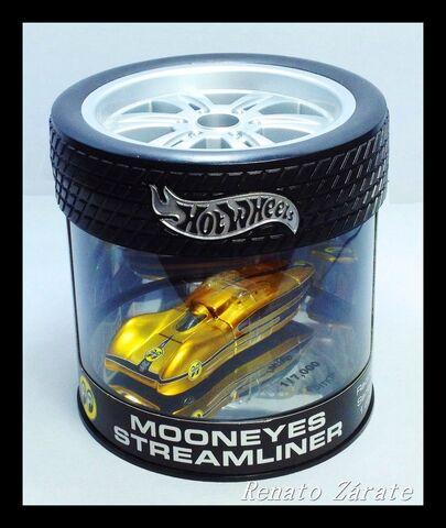 File:MOONEYES STREAMLINER 2003 IMG 4425.jpg