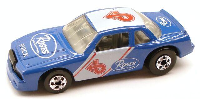File:BuickStocker Rose1.JPG