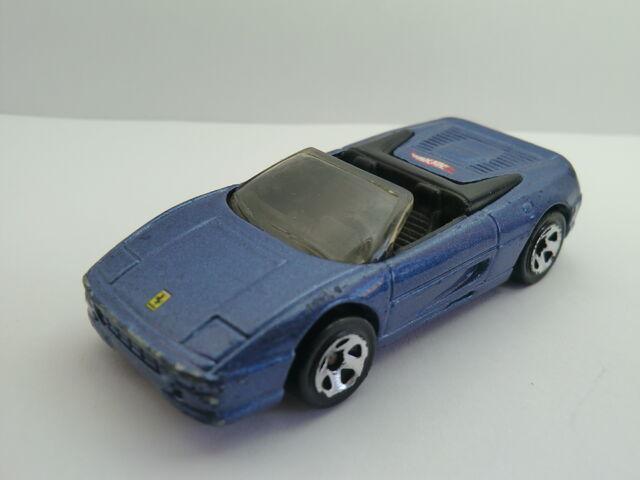 File:Ferrari F355 Spider CIMG1345.JPG