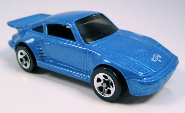 File:Porsche 930 blue 5-pack.JPG