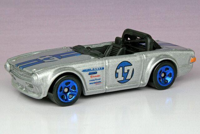 File:Triumph TR6 - 1291ef.jpg