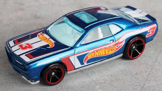 File:08 Dodge Challenger - 12 HW Racing.JPG