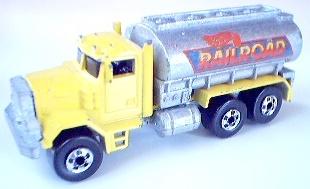 File:Peterbilt Tank Truck YelRailrd.JPG