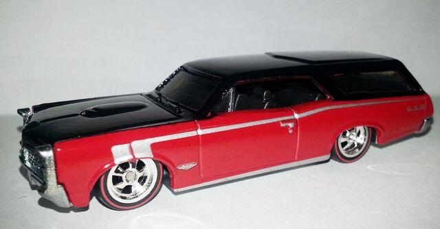 File:HW-Boulevard-Pontiac GTO Wagon-BigHits.jpg