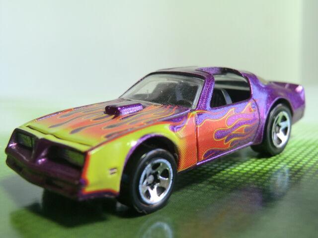 File:Pontiac Firebird CIMG1239.JPG