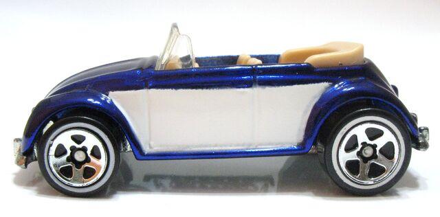 File:2006 Spectraflame Blue (1).JPG