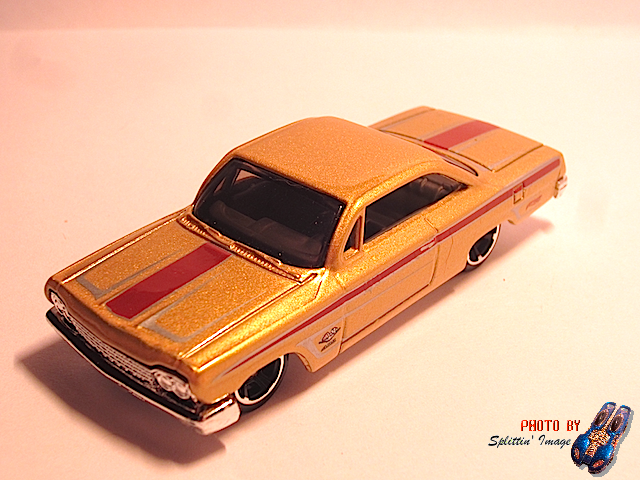 File:Gold62Chevy3.png