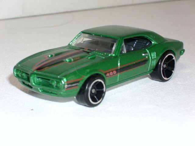 File:'67 Pontiac Firebird 400 (800x600).jpg