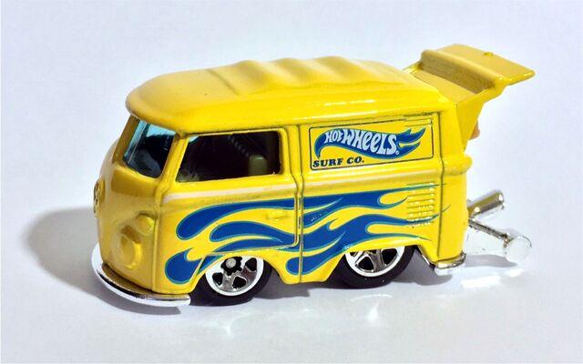 File:HW-Volkswagen Kool Kombi-Volkswagen 5 Pack.jpg