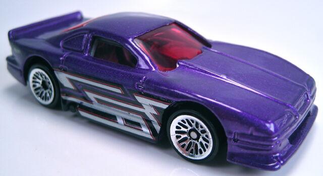 File:Mustang cobra purple metallic 2002 mainline.JPG