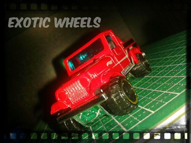 File:Jeep srambler.jpg