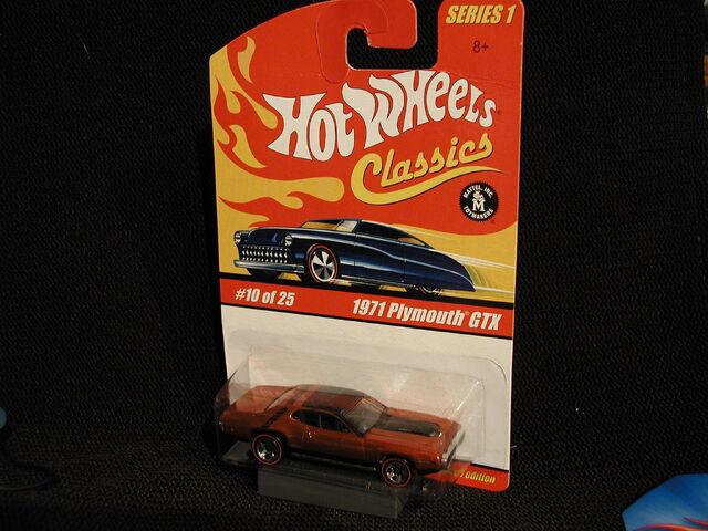 File:Classic S1 10-25 1971 Plymouth GTX orange.jpg