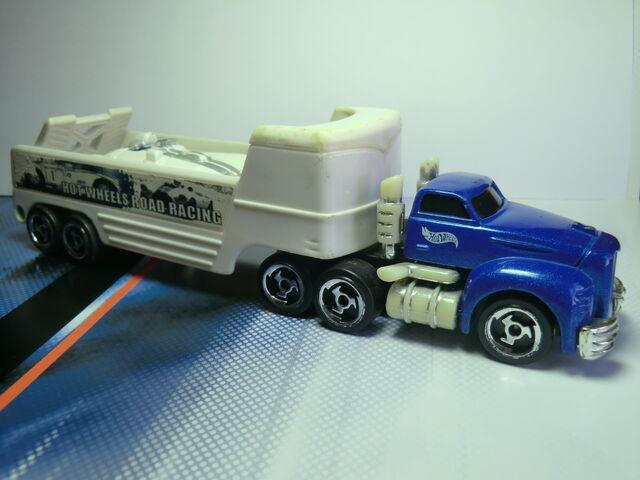 File:Truckin' Transporter CIMG1549.JPG