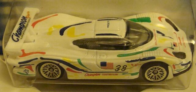 File:250 Porsche 911 GT1-98.jpg