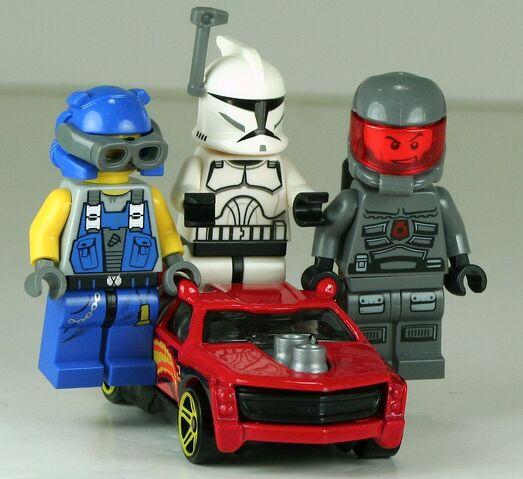 File:2013-080-FigRig-Red-Riders2.JPG