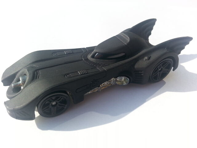 File:Batmobile (1989) side.jpg