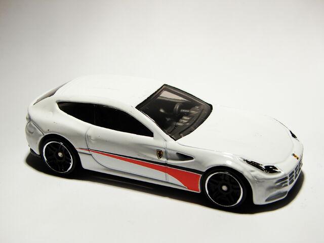 File:Ferrari FF 03.JPG