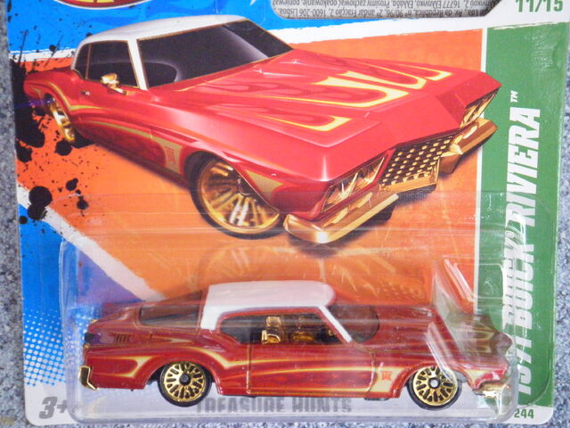 File:Hot Wheels 2011 61 Tresure hunt 1971 BUICK Riviera.JPG