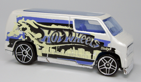 File:Custom 77 Dodge Van - Graffiti 5-Pack.jpg