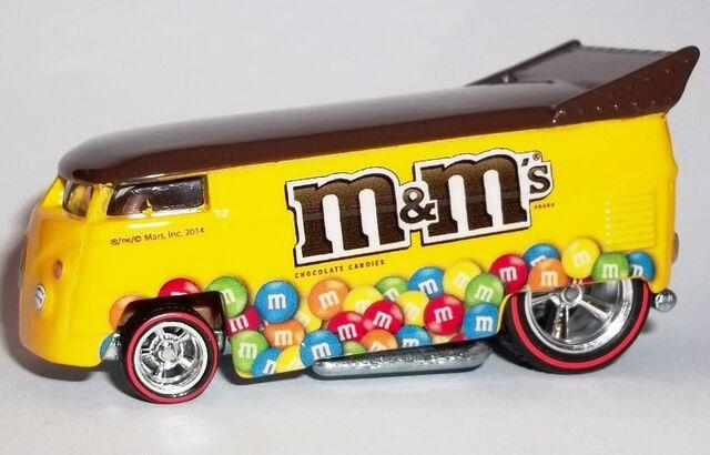 File:HW-Mars M&M's-Volkswagen Drag Bus-M&M's.jpg