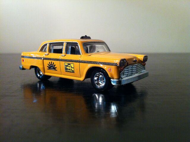 File:'74 Checker Cab Taxi.jpg