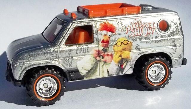 File:HW-The Muppets-Baja Breaker-Beaker & Dr. Bunsen Honeydew..jpg