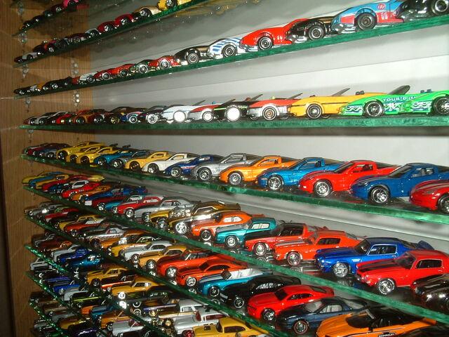 File:164 corvette full collectio 082.jpg