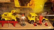 Hot Wheels Construction Action Pack Construction Vehicles, Construction Worker Figures, Construction Fence, & Traffic Cones