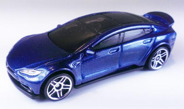 File:TeslaModelS-DHT29.jpg