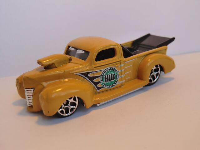 File:'40 Ford CIMG1723.JPG