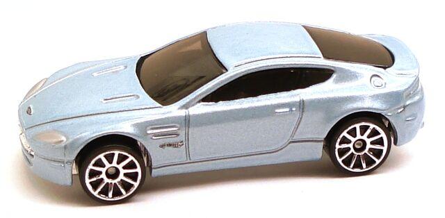File:AstonMartinV8Vantage.jpg