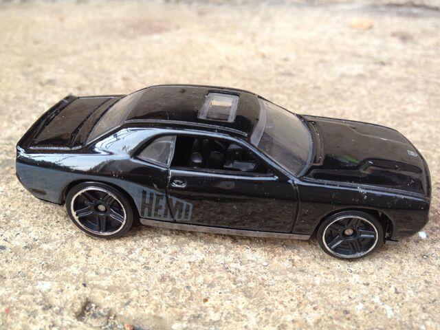File:Fast And Furious 08 Dodge Challenger SRT8.jpg