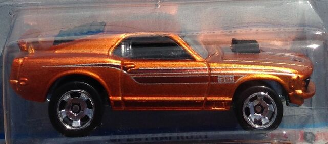 File:2013-29-CoolClassics-70FordMustangMach1-Orange-Carded.jpg