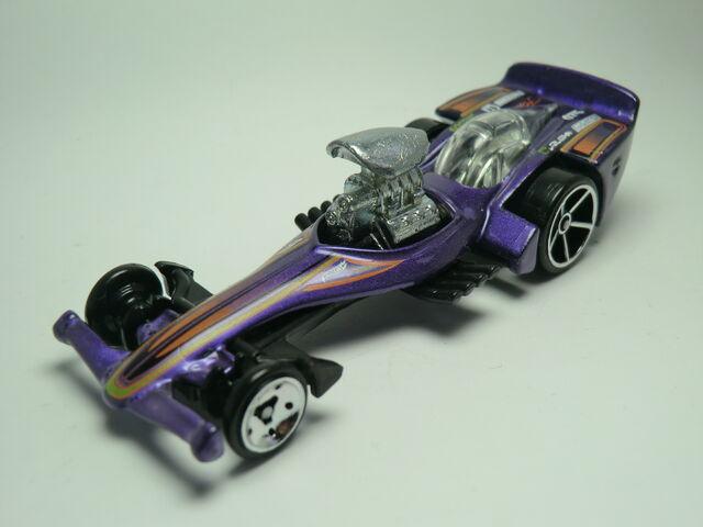 File:Madfast 126-2011 Purple .JPG