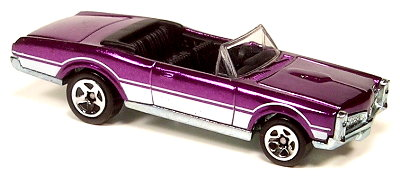 File:67 Pontiac Conv - CS4 Purple.jpg