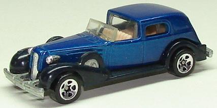 File:35 Classic Caddy blu5sp.JPG
