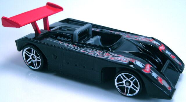 File:Shadow Mk IIa black pr5 red wing 2001.JPG