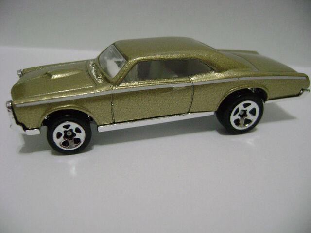 File:2008-5P-General Motors-'67 Pontiac GTO.jpg