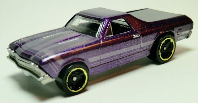 File:'68 El Camino.2011-104 Metalflake Purple.jpg
