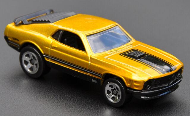File:Mustang Mach I - Mustang Mania Set.jpg